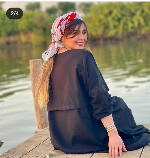 زهرا آقازاده بدون آرایش زیبا است؟